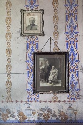 Interior-de-una-casa-italiana-stampa-ink-on-archival-cotton-paper-30x20-cm-Santa-Fe-2014